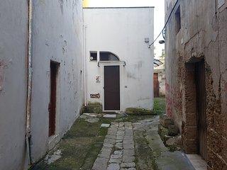 Mono Seclì, ampio monolocale finemente ristrutturato nell'entroterra salentino, Secli