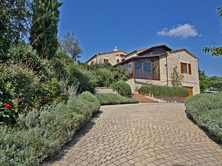 CASA GIOVANNA - Lovely House with private Pool and dependance, wi-fi, garden, San Ginesio
