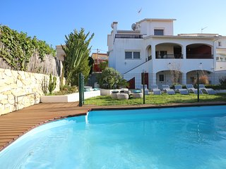 NEWLY REFURBHISED - Villa Serra with private pool and lovely garden close to sea, Sant Pere de Ribes