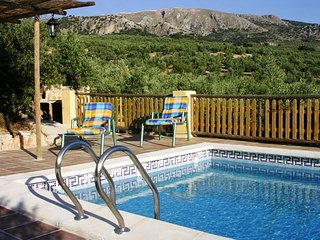 House with pool and mountain view