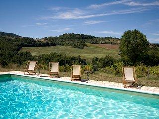 CAMPO AL VENTO CountryFarm - 7 Lodgings in Umbria, the Green Heart of Italy