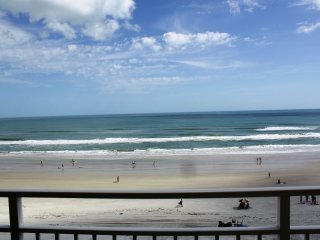 Blue Green  Resort - Oceanfront 2 bed, 2 bath