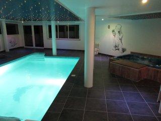 Villa vue mer, plage, piscine, balneo, salle de jeux