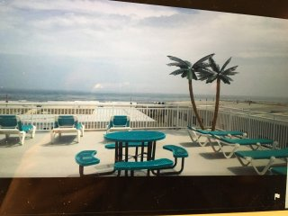 Surf Song Condos North Wildwood 2BD 2 BATH 2 POOLS STEPS FROM OCEAN/BOARDWALK