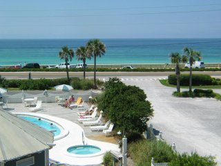 Ocean View & Gulf Front, 1bd, Pool, WIFI, Hot Tub