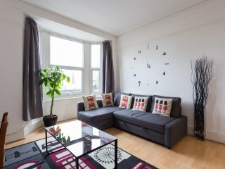 Cosy Two Bed - Edgware Road -, Londres