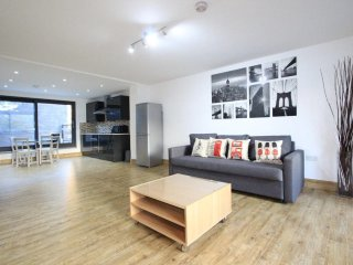 Stunning 1st Floor One Bed Close to Marble Arch