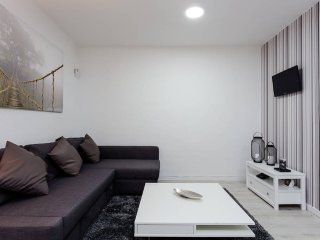 Lovely design flat very close to the subway, Barcelona