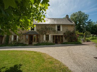 4 bedroom cottage near Bayeux