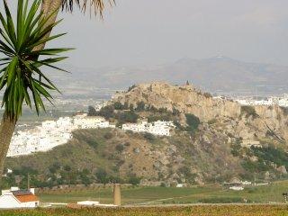 Casa las Arenas, Urbanización Monte de los Almendros