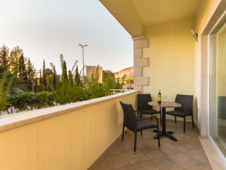 Apartment Brigita-One Bedroom Apartment with Balcony and City View