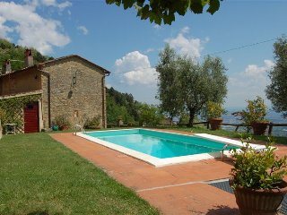Villa Petrognano villa with pool