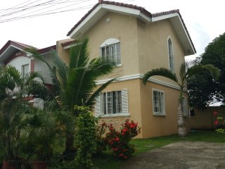 Romantic and cozy house in a peaceful subdivition, Cagayan de Oro