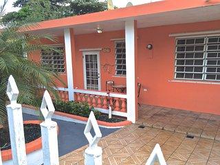 3BR Home in Esperanza Casa Magnolia, Isla de Vieques