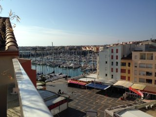 T4 Duplex Standing Centre Port/Terrasse/Wifi/Climatise