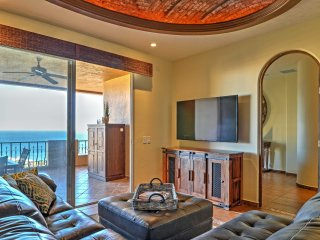 Oceanfront Puerto Penasco Villa in Luxury Resort!