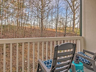 NEW! 2BR Pigeon Forge Condo w/ Nature Views!