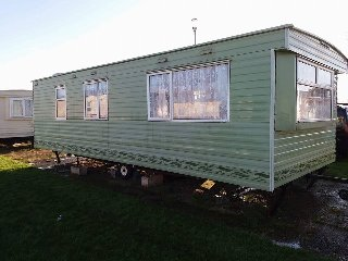 BEN1 - 6 BERTH(2 BEDDED) PET FRIENDLY CARAVAN ON BENVENUTE CARAVAN PARK