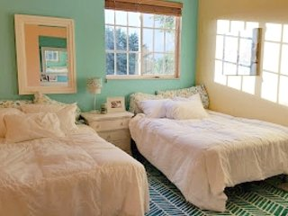 'Key West Room,' 2 Full sized Beds - 4.5 miles from the beach