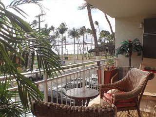 IS214 2 Bed, 2 Bath Large Ocean View Condo