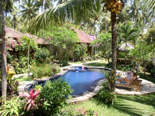 Saraswati Holiday House, Lovina Beach