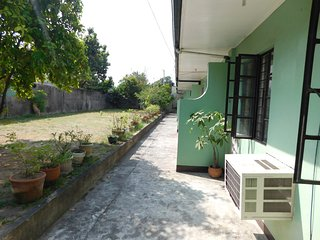 BEST VALUE 3 [Garden 2Beds Kitchen] Angeles Apart, Angeles City