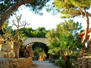 la TORRETTA case vacanza a Favignana vicino al mare e immerse nella vegetazione