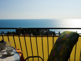 panoramico - cozy apartment elmira, Dulcigno
