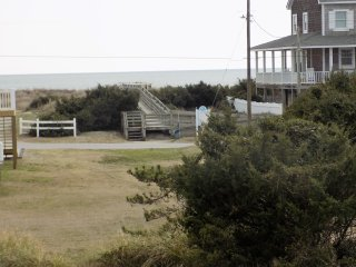 NEW! 3BR Atlantic Beach Duplex Minutes From Beach!