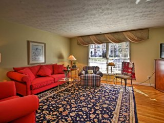 NEW! 'A Million Dollar View' 4BR Marietta Townhome