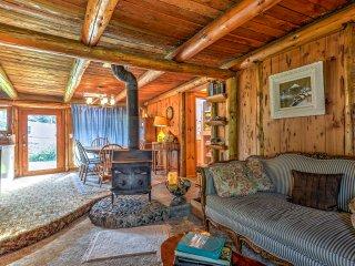 Rustic Bandon Log Cabin on 5 Acres of Woodlands!