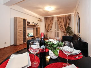 City Center, 2 bedrooms - 98 sqm, next to Old Town