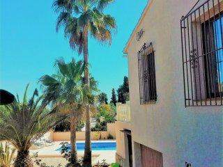 Villa soleada    incl. zwembad, verwarming, WIFI en airco., Benissa