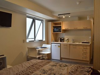 Cosy Inner City Studio Apartment