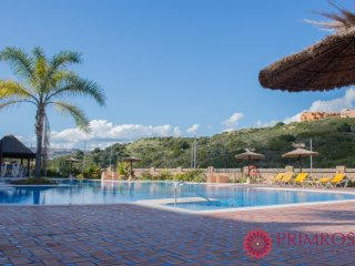Duquesa Village 1: Very well furnished 2 bed apartment with good facilities