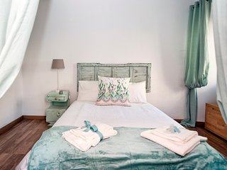 Close 2 Belém Apt. + Bus Tour Offer!