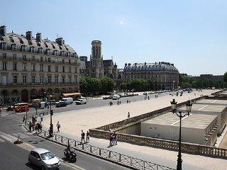 parisbeapartofit - Louvre Rue Coq Heron (635)