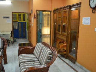 """99$ per day for 4 Guests, Executive Suite """"2BHK Serviced Apartment"""" in Lucknow"""