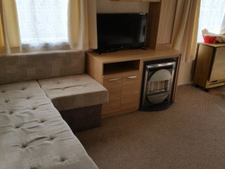 Lovely 2 bed Silver + centre lounge, 2 showers, Double Glazing, Valley farm 782, Clacton-on-Sea