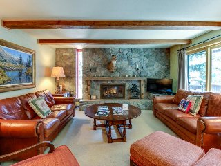 Creekfront condo in the heart of Vail w/ shared pool - steps from Gondola One!