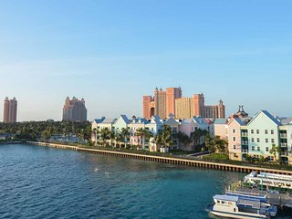 Harborside Resort at Atlantis - 2 Bedroom Lock-out