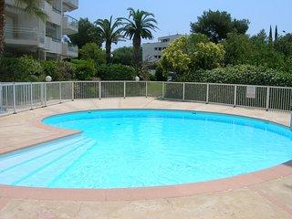 Front de mer, appartement 6 personnes, piscine, parking