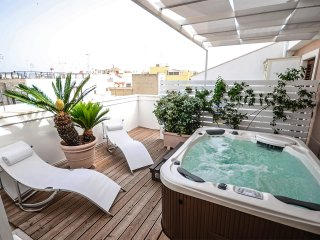 Suite 54: penthouse with terrace and jacuzzi mini pool