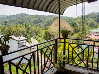 Green Mountain View Bungalow in  Cool Kandy