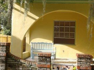 Spanish Cottage- Artists/Writers Retreat, Fort Pierce