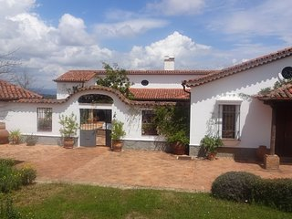Stunning 'Cortijo' Farmhouse on 25-acre property in wonderful Sierra de Aracena