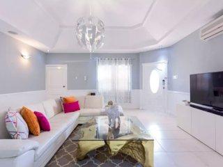 Sparkle (1 Bedroom )Luxury, Port Royal