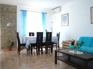 Apartments Bedrina - Beautiful & Sunny 'Anna'