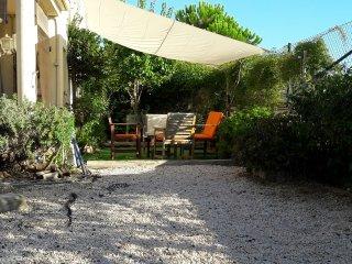 Apartamento confortable a 5 minutos a pie de la playa, Llançà