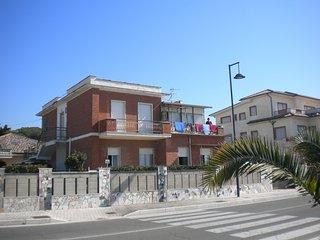 Casa Libero, direkt am Meer, Latium deutschsprachige Betreuung, Minturno
